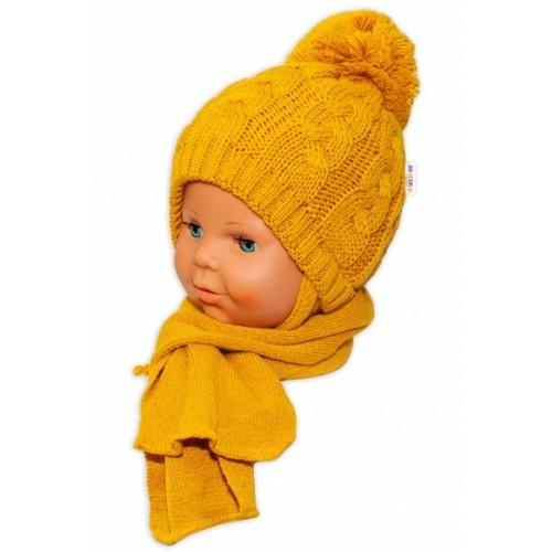 BABY NELLYS Zimná pletená čiapočka s šálom Baby Bear - horčicová s brmbolcami - 34/36 čepičky obvod