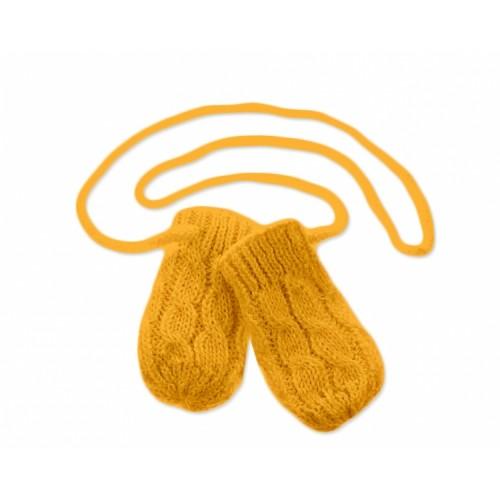 BABY NELLYS Zimné pletené dojčenské rukavičky so vzorom - horčicové - 12cm rukavičky