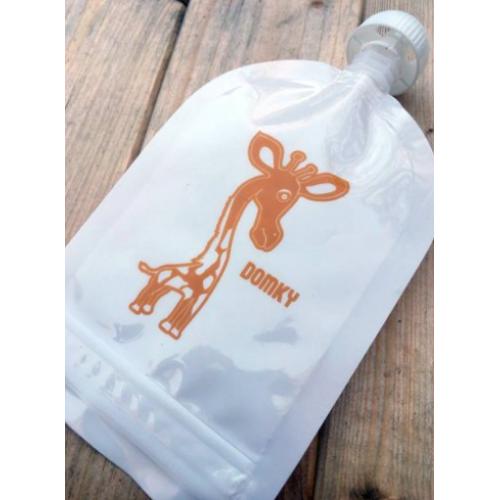 Domky Klasická plnitelná kapsička - žirafa