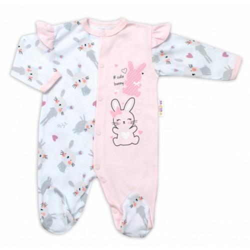 Baby Nellys Bavlnený dojčenský overal s volánkmi Cute Bunny - ružový - 56 (1-2m)